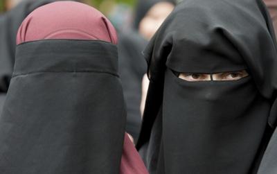 In america niqab Muslim Niqab